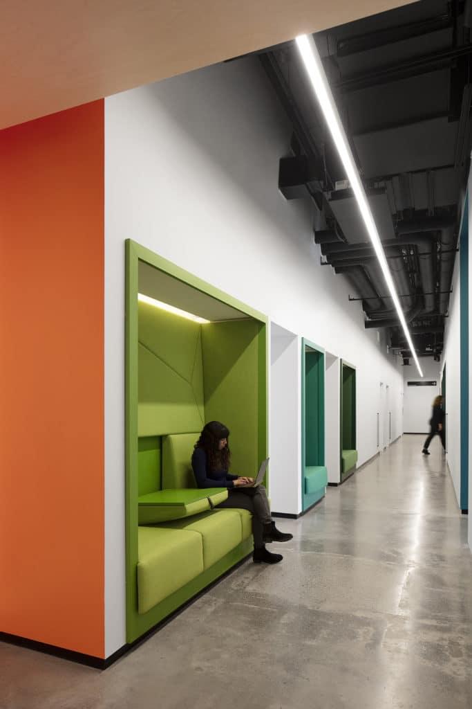 OCAD U CO Waterfront Facility - Individual Wall Study Nook